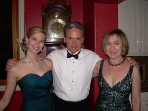 One big happy family. Jennifer with Michael Keeley (Washington) and Laurie Silva (Bleu)