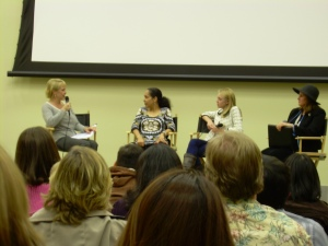Dakota Fanning, Gina Prince-Bythewood, & Dr. Barbara Rico (I had to keep my flash off)